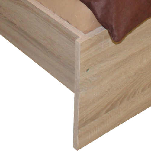 Manželská posteľ v klasickom dizajne 160x200 cm
